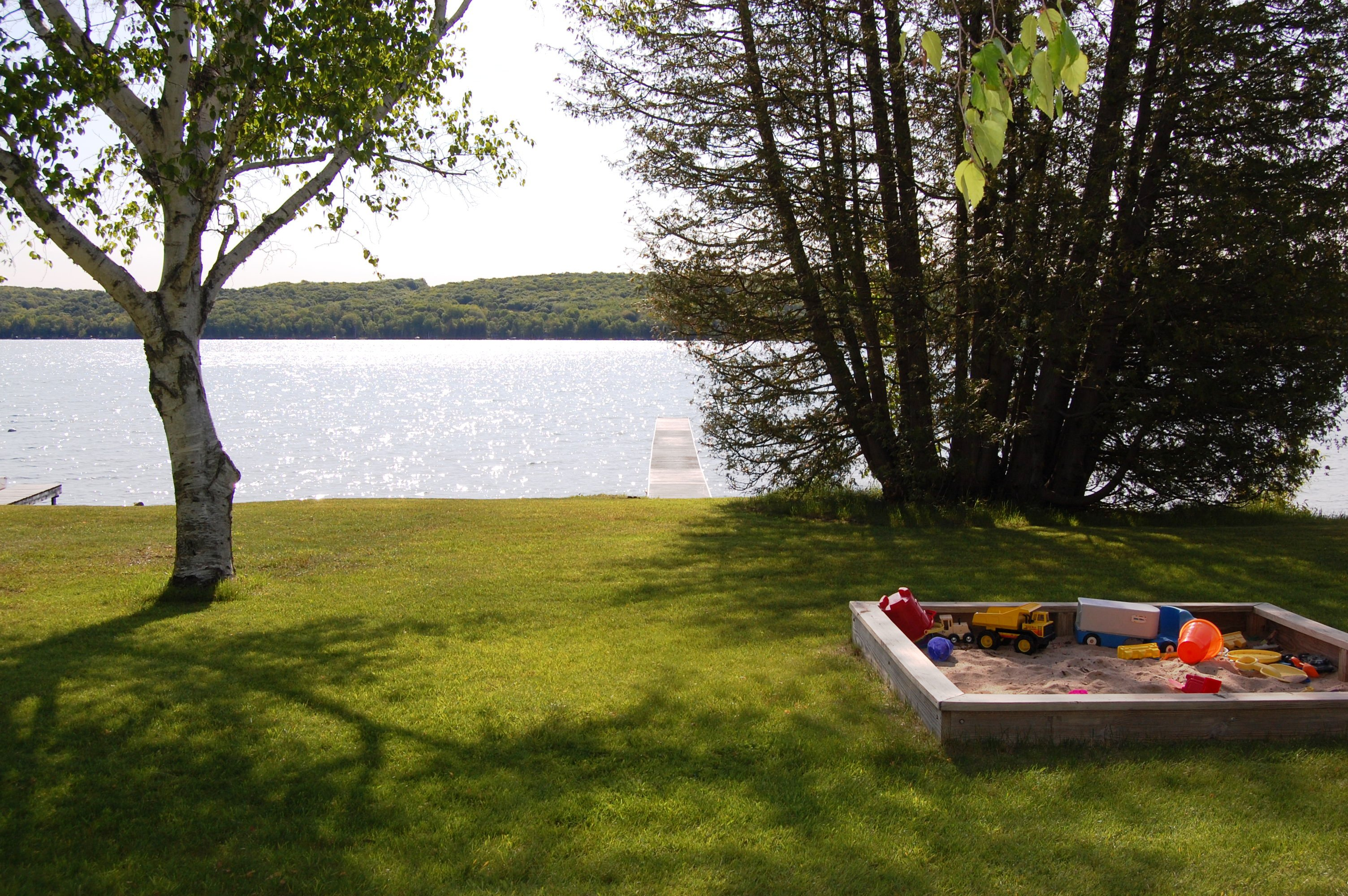 Cottages on Lime Lake